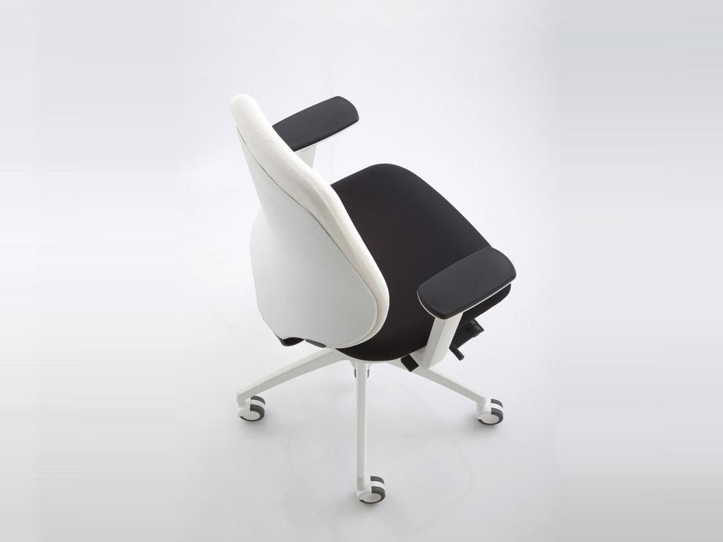 sedia-luxy-pratica